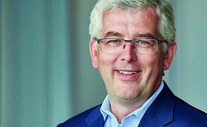 Dirk von Velsen, Vorstand bei Flossbach von Storch: Die Kölner Fondsboutique trägt künftige Research-Kosten.