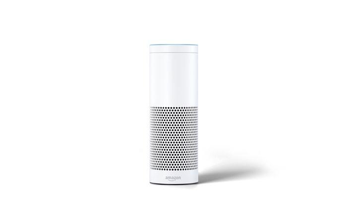 Amazon Echo: Über den Empfänger hört der digitale Sprachassistent Alexa bald auch bei den Sparkassen aufs Wort.   |© Amazon