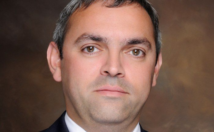 """Arif Husain, Head of Fixed Income bei T. Rowe Price: """"Es scheint, als habe sich ein Negativsturm über dem Dollar zusammengebraut"""