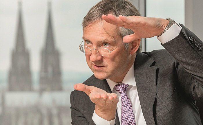 Bert Flossbach ist kein Unbekannter bei Anlegern: Der von ihm gemanagte Mischfonds FvS Multiple Opportunities ist ein inzwischen über 12 Milliarden Euro schwerer Kassenschlager. Welche Fonds ergänzen diesen sinnvoll in einem Gesamtportfolio?|© Jürgen Bindrim