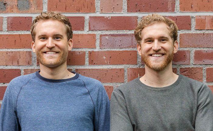 Die Brüder Benjamin (l.) und Alexander Michel: Die Dwins-Gründer überzeugten die Deutsche Bank bereits Ende 2016 mit ihrer Finanzplaner-App. Nun hat die Großbank in ihr Fintech investiert.