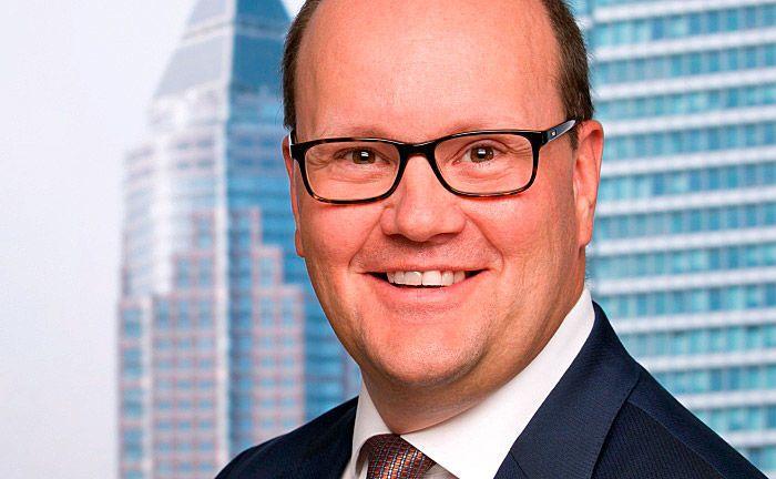 Jan Ferdinand: Der gelernte Bankkaufmann und studierte Bankfachwirt kommt von der State Street Bank.