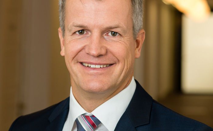 Jürgen Pauler ist ab sofort neuer Stellvertreter von Florian Grenzebach, der kürzlich zum neuen Vertriebschef ernannt wurde.|© V-Bank