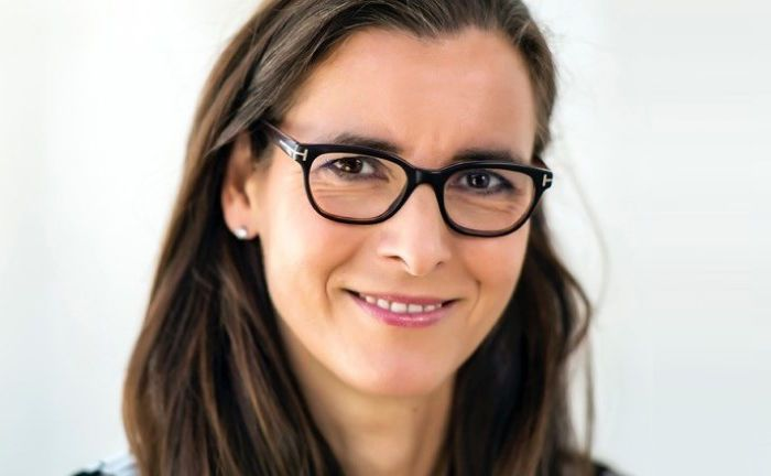 """Anette Bickmeyer:  """"Gerade das Versagen von Konzernen und Banken in der Vergangenheit kann die Chance des Mittelstands in der Zukunft sein."""""""
