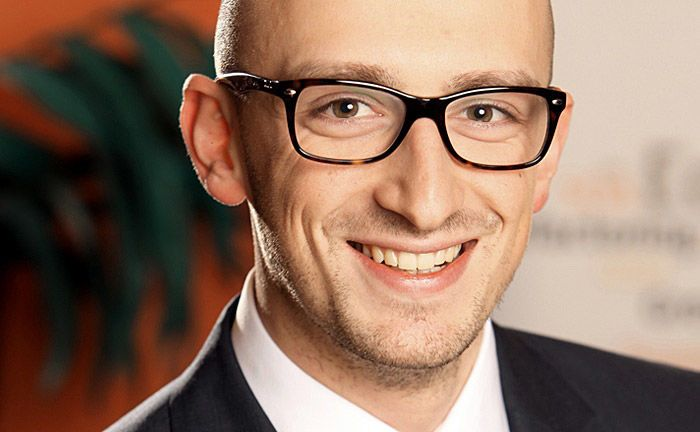"""Valentino Pola: """"Es ist sprichwörtlich fünf vor zwölf"""", warnt der Cofinpro-Digitalisierungsexperte."""