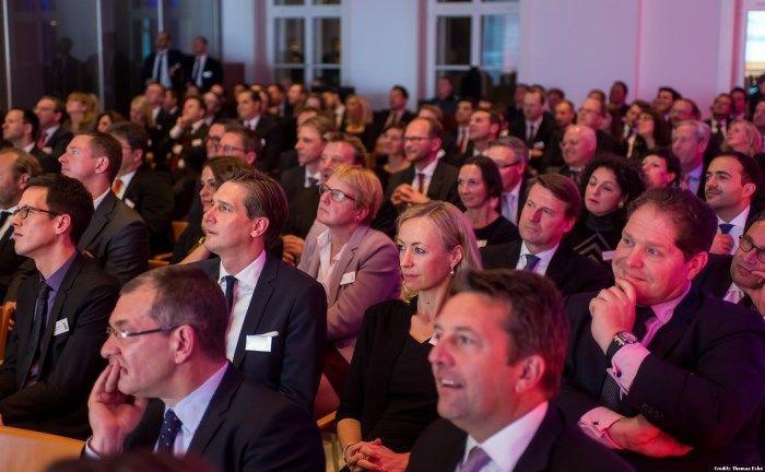 ZertifikateAwards in Berlin: Seriensieger HSBC ist zum achten Mal Nummer 1 beim Service