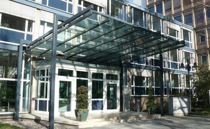 Hauptgebäude der Bafin in Bonn, Sitz der Banken- und Versicherungsaufsicht. Die Finanzaufsicht will mit ihrer angepassten Verwaltungspraxis Banken die Bestellung von IT-Spezialisten zu Vorstandsmitgliedern erleichtern.