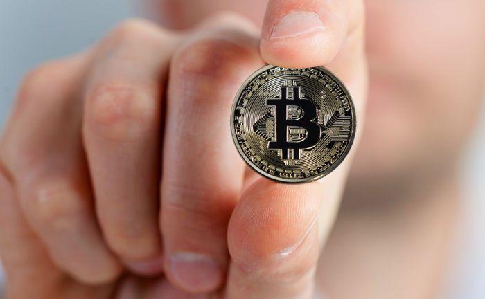 Ein Bitcoin: Um die Kryptowährung ist ein wahrer Hype enstanden. Aber wo führt der Weg hin?|© Pixabay