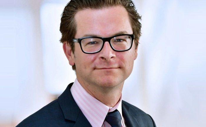 Bastian Lossen, Chef der Muttergesellschaft Werthstein Zürich: Mit sogenannten Zeitgeists will sich der digitale Vermögensverwalter vom Wettbewerb abheben.