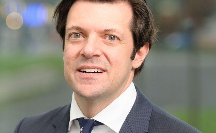 Stefan Hentschel verwaltet als Leiter Pension Asset Management beim Essener Spezialchemieunternehmen Evonik Industries rund 10 Milliarden Euro.