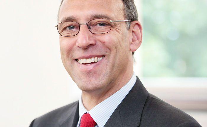 Udo Schnieders schließt sich ab Juni 2018 als Senior-Berater der Kanzlei Schomerus an.