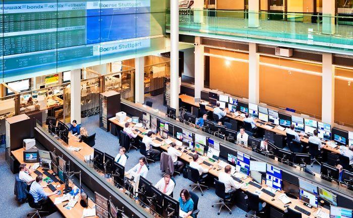 Saal der Börse Stuttgart: Ab sofort können die Kunden auch auf die digitale Vermögensverwaltung des Frankfurter Fintechs Ginmons zugreifen.
