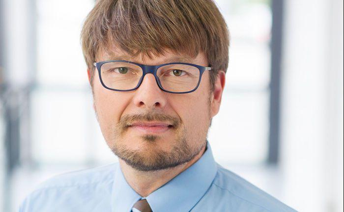 Andreas Ehrke ist Gründer und Vorstand des Finanzdienstleisters Ehrke & Lübberstedt, zusammen mit seinem Kollegen Frank Lübberstedt.