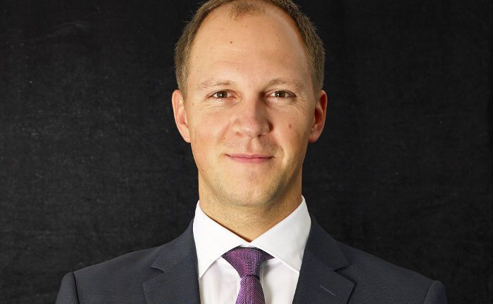 "Jürgen Blumberg: Der Head of Capital Markets - EMEA, Invesco ETF, erwartet ""anhaltenden Zuflüssen institutioneller Anlagegelder in ETFs"". 