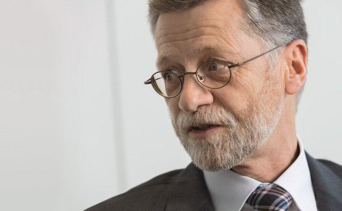 Henrik Hänche von der Deutschen Post DHL: Der Leiter Zentralbereich Finanzen über den Einsatz von Alternative Investments, Smart Beta und aktiven Managern.|© Markus Kirchgessner
