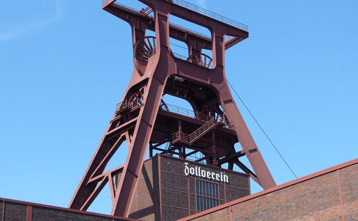 Schacht 12 der Zeche Zollverein in Essen: Das ehemalige Steinkohle-Bergwerk ist Unesco-Weltkulturerbe. Für die Finanzierung der Folgekosten des Bergbaus im Ruhrgebiet ist die 2007 gegründete RAG-Stiftung tätig.