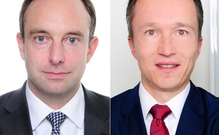 Kai Upadek (l.) und Matthias Hübner von Oliver Wyman: Die Branchenexperten sehen noch viel Potenzial für Wealth Manager durch die Datenanalyse.