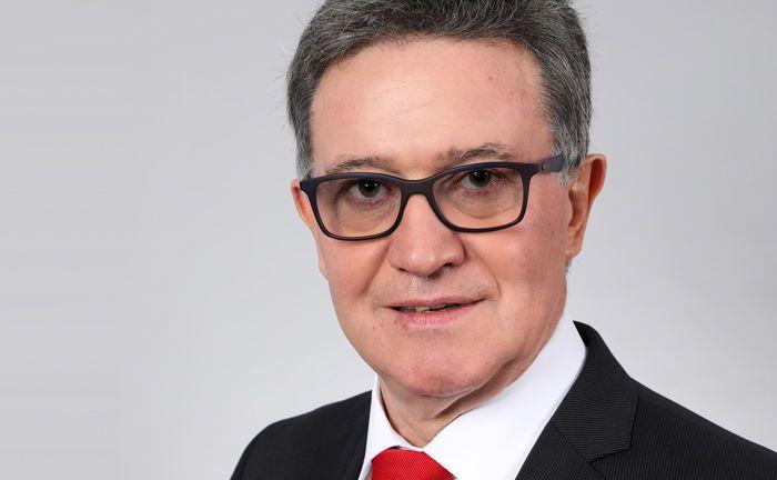 Karl Specht, einer der beiden Generalbevollmächtigen der Taunus Sparkasse, leitet ab sofort den neu gegründeten Geschäftsbereich Unternehmensnachfolge.|© Taunus Sparkasse