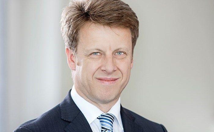 Portfoliomanager Simon Thaler ist bei der Deutsche Oppenheim mit dem Thema Nachhaltigkeit betraut.
