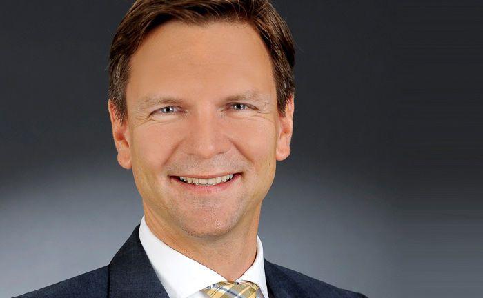 Christian Janas war zuletzt bei der UBS Europe tätig. Ab spätestens Januar 2019 tritt er die Nachfolge von Markus Küppers als Leiter Vermögensverwaltung bei DJE Kapital an.