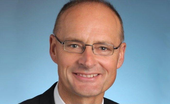 Heinrich Baer ist seit rund 40 Jahren für die Schweizer Großbank UBS tätig.