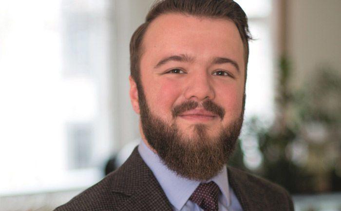 """Paul Skiba vom Vermögensverwalter BPM – Berlin Portfolio Management: """"Nicht überall, wo KI draufsteht, ist auch KI drin."""""""