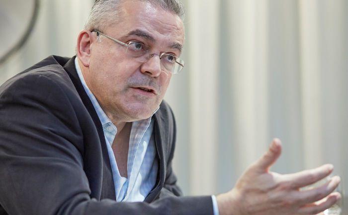 Juan Nevado ist bei M&G unter anderem für den fast 8 Milliarden Euro schweren Mischfonds M&G Dynamic Allocation zuständig.|© Piotr Banczerowski