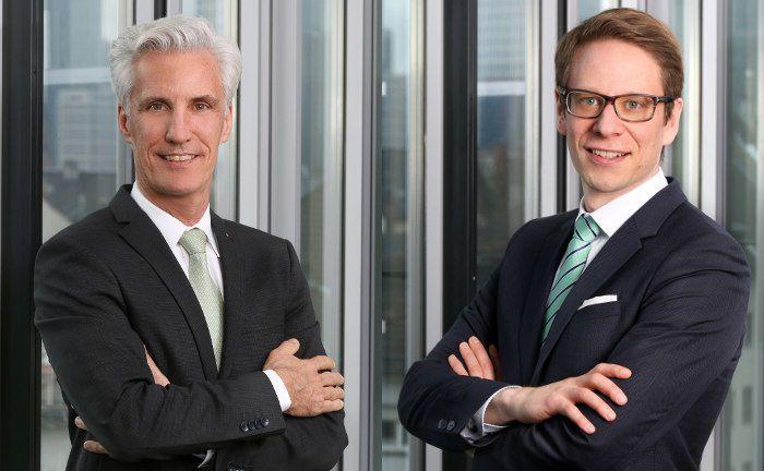 Joachim Raif (l.) und Gaston Michel: Der Frankfurter Vermögensverwalter Source For Alpha stellt sein Management derzeit neu auf.|© Source For Alpha (Deutschland) AG