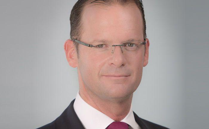 Dirk Heuser von der Commerzbank: Der Leiter Portfoliomanagement in der Vermögensverwaltung erklärt die Strategie des Aktienportfolios Covered Plus.|© Commerzbank