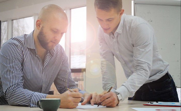 Situation Beratungsgespräch: Bewerber sollten Gespräche mit anspruchsvollen Kunden souverän und sicher führen können.