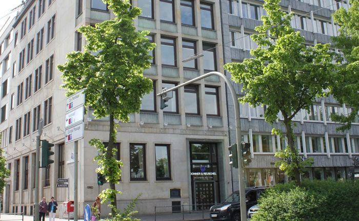 Hauptsitz von Donner & Reuschel am Hamburger Balindamm: Das Bankhaus hat Anfang September 2018 einen Spezial-AIF für Sozialversicherungsträger gestartet.
