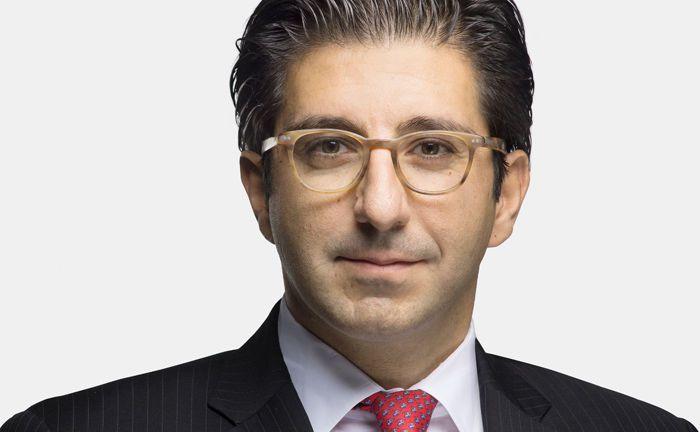 Ebrahim Attarzadeh ist seit 2006 bei Mainfirst tätig und seit April 2018 Vorstand der Bank.