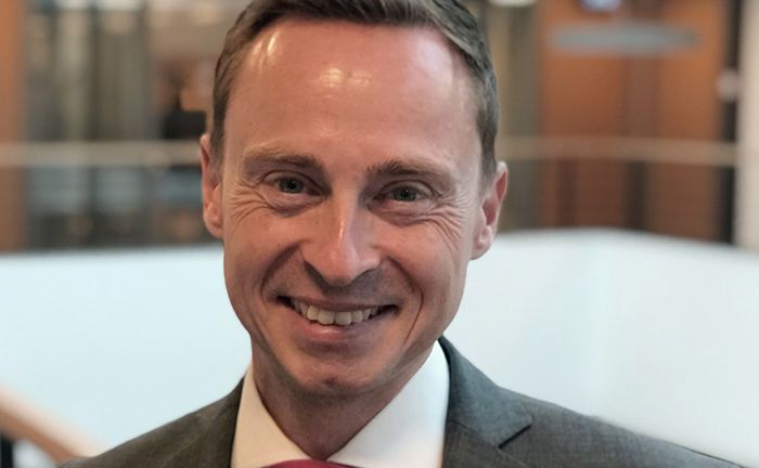 Christoph Schulte hat bei der Kölner Pax-Bank die Leitung der Gruppe Treasury von Dirk Weniger übernommen.