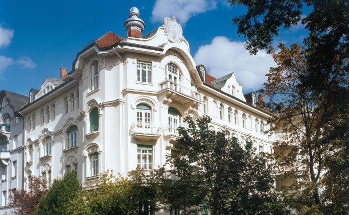Stammsitz von Donner & Reuschel in München/Schwabing.