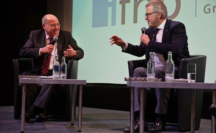 Diskutierten mitunter leidenschaftlich, waren sich aber in der Bedeutung der Europäischen Union weitgehend einig: Gregor Gysi (l.) von der Partei Die Linke und FDP-Bundestagmitglied Frank Schäffler.|© Heiko Laschitzki