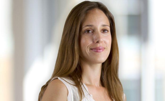 """""""Eine größere Gender Diversity am Arbeitsplatz kann einen höheren und nachhaltigeren Unternehmenserfolg bringen"""", so Anne Tolumnen, Fondsmanagerin des AXA WF Women Empowerment Fund bei AXA IM."""