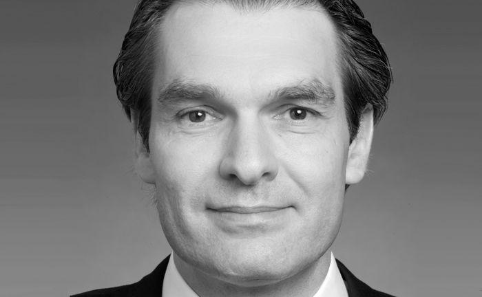 Bernd Amlung, Leiter des globalen Wealth-Management-Produktangebots der Deutschen Bank, ist am Sonntag verstorben.