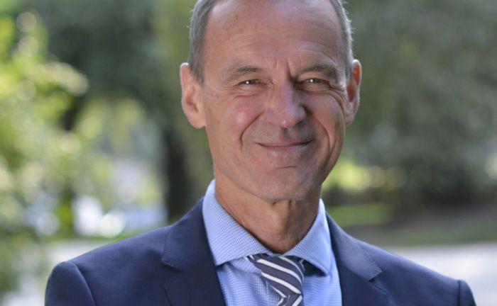 Ewald Stephan ist Vorstandsmitglied der Verka PK Kirchliche Pensionskasse und der Verka VK Kirchliche Vorsorge.