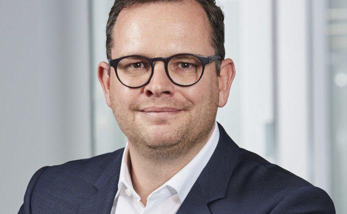Jürgen Meyer rückt in die Geschäftsführung der Ampega Investment auf.