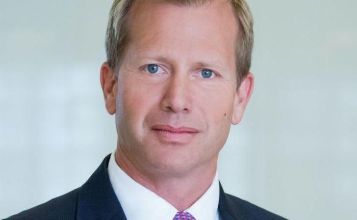 Christian Bacherl: Seine Aufgaben übernehmen der Vorstandsvorsitzende Nico Baader und Vorstand Oliver Riedel .