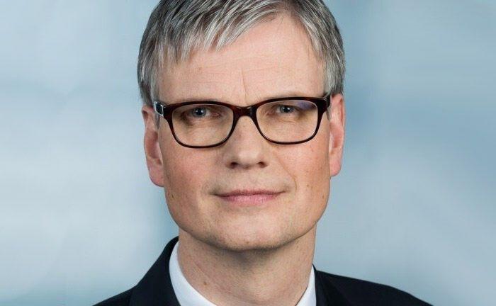 Frank Krause: Noch vor Kurzem als künftiger Leiter Private Banking der Kreissparkasse Herzogtum Lauenburg gehandelt, bleibt der 52-Jährige seinem bisherigen Arbeitgeber nun doch treu.
