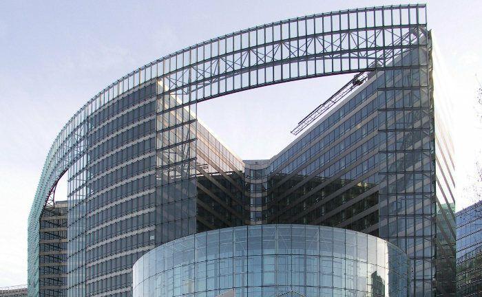 Europ&auml;ische Kommission: Vor f&uuml;nf Jahren einigten sich die Europ&auml;ische Kommission, das Europ&auml;ische Parlament und der Rat der Europ&auml;ischen Union darauf, die EU-Finanzmarktrichtlinie Mifid zu &uuml;berarbeiten. Die neuen Regeln traten am 3. Januar 2018 in Kraft.&nbsp;|&nbsp;&copy; Fluke / <a href='http://www.pixelio.de/' target='_blank'>pixelio.de</a>