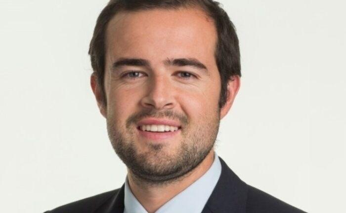 """Fondsmanager Philipp Schmiederer: """"Familienunternehmen denken in Generationen und nicht in Quartalen""""."""