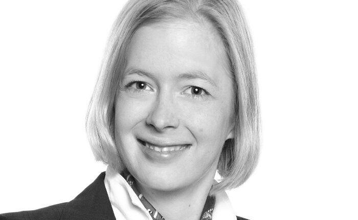 Juliette Gill betreut überwiegend Privatpersonen, Familienunternehmen und -unternehmer sowie Fonds in wirtschaftlichen, rechtlichen und steuerlichen Fragestellungen. |© WKGT