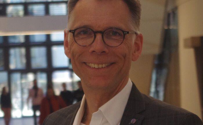 Boris Orlikowski ist Geschäftsführer des auf Blockchain spezialisierten Beratungshaus Distributed Ledger Consulting DLC.