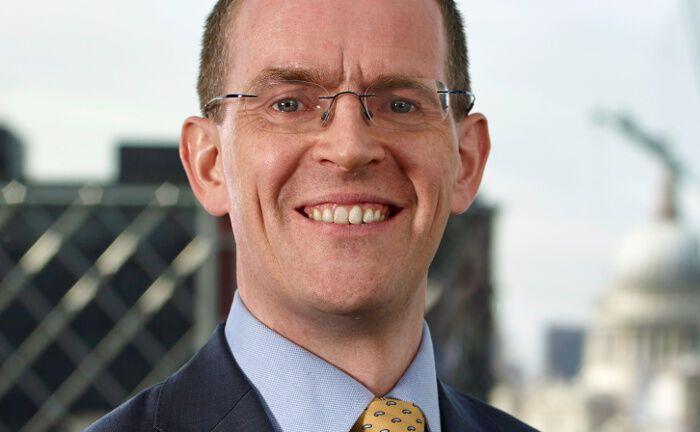"""Chris Mellor, Head of EMEA ETF Equity Product Management bei Invesco: """"Unser ETF bietet Investoren Zugang zu Unternehmen, die schon heute profitabel wirtschaften, deren Aktien das zusätzliche Ertragspotenzial durch den Einsatz der Blockchain-Technologie aber noch nicht eingepreist haben."""""""