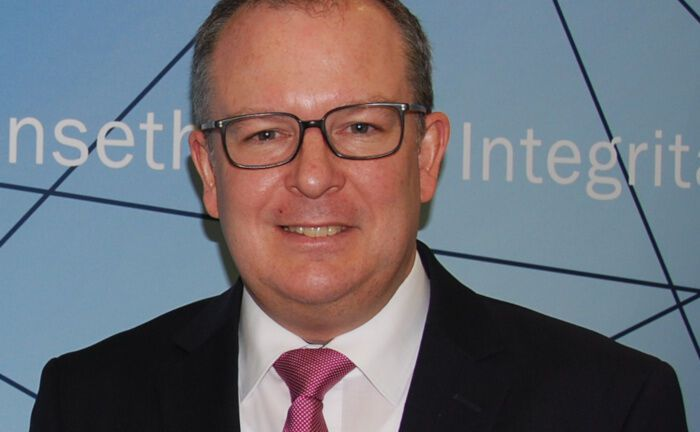 Karl Heinz Krug berät Finanzministerien rund um die Digitalisierung.