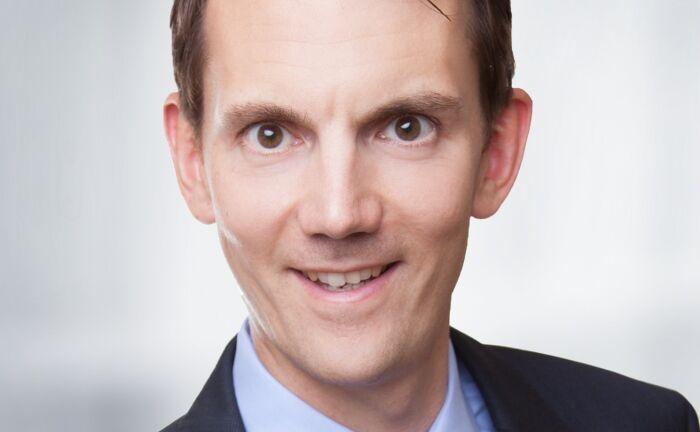"""Matthias Hüppe, Leiter Derivatives Public Distribution bei HSBC Deutschland: """"Mit einer Kombination aus Zertifikaten und ETF können institutionelle Anleger in Seitwärtsmärkten eine höhere Rendite erzielen."""""""