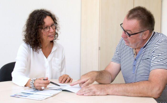 Typische Beratungssituation in der Deutschen Rentenversicherung.