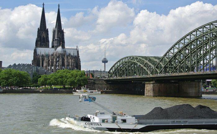 Blick auf den Kölner Dom: Die Rheinmetropole ist Sitz der Pensionskasse der Caritas und ihrem ihr Schwesterunternehmen Kölner Pensionskasse.|© Pixabay